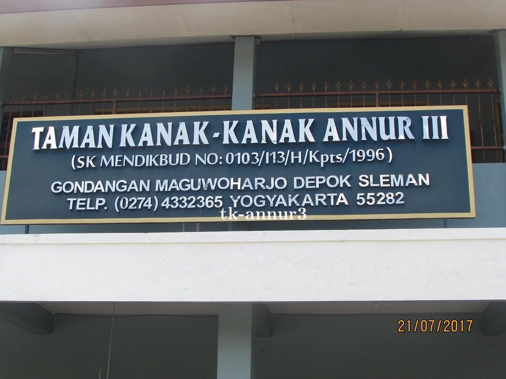 gedung_sekolah_tkannur3_maguwoharjo_depok.jpg